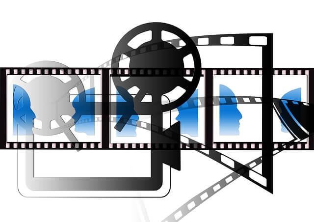 映画カメラとフィルム