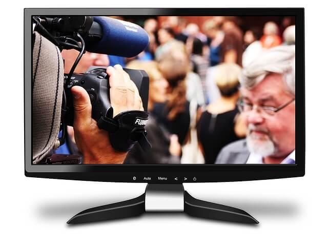 フラットなテレビ