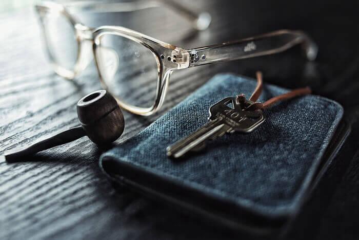 キーケースとパイポと眼鏡
